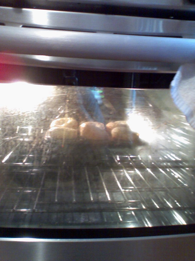 Alton Brown's Popovers at the 30 minute mark.