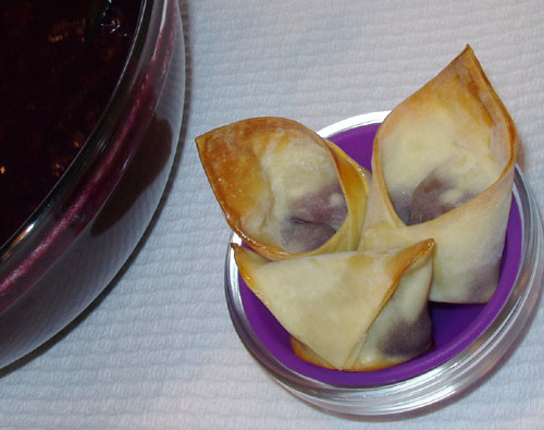 Spicy Grape Wonton Dessert