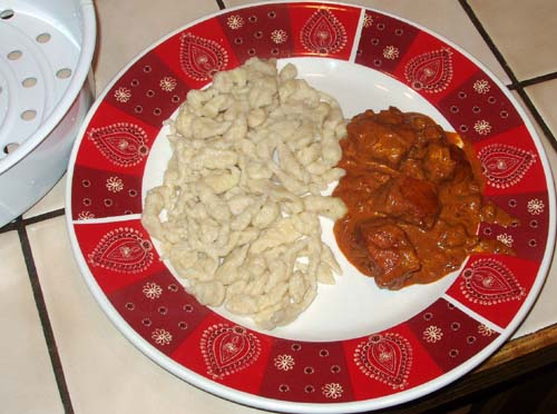 Spätzle with Chicken Paprikas