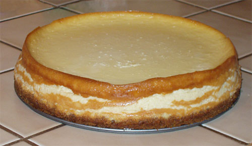 Plain cheesecake with only bottom crust